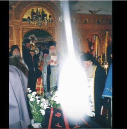 Gerondissa Xeni and Uncreated Light at her funeral