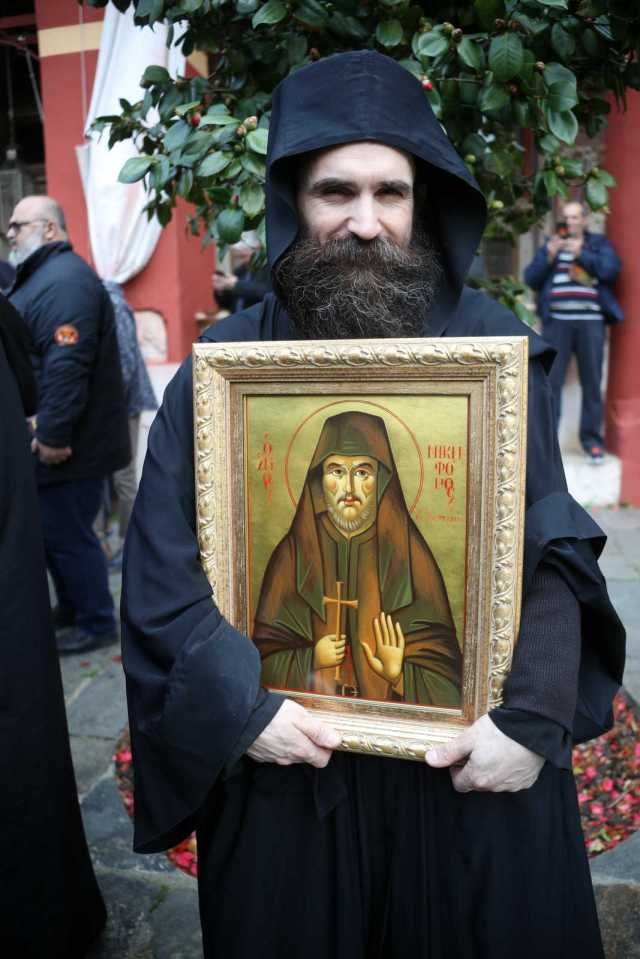 Saint Nikephoros the Leper appears in Bulgaria and protects from Coronavirus